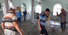 Eğnez Camii İmece Usulü Yenilendi